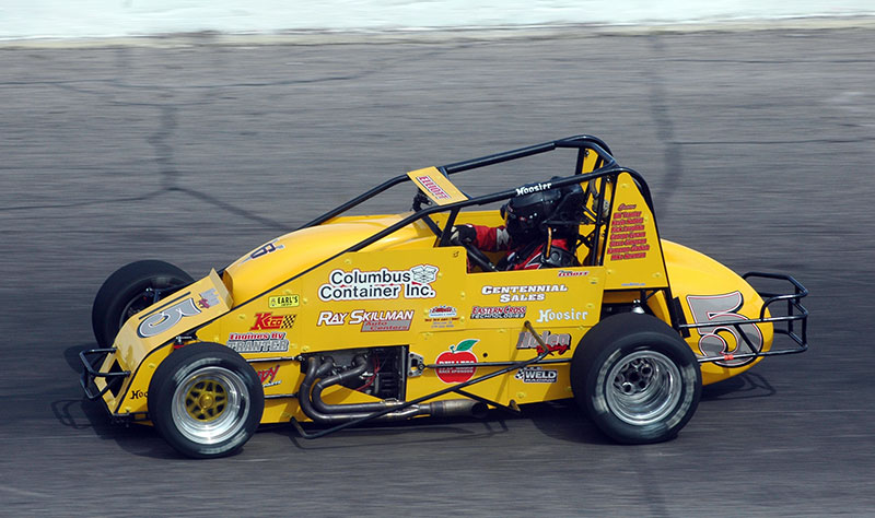 Banked feature micro midget oval